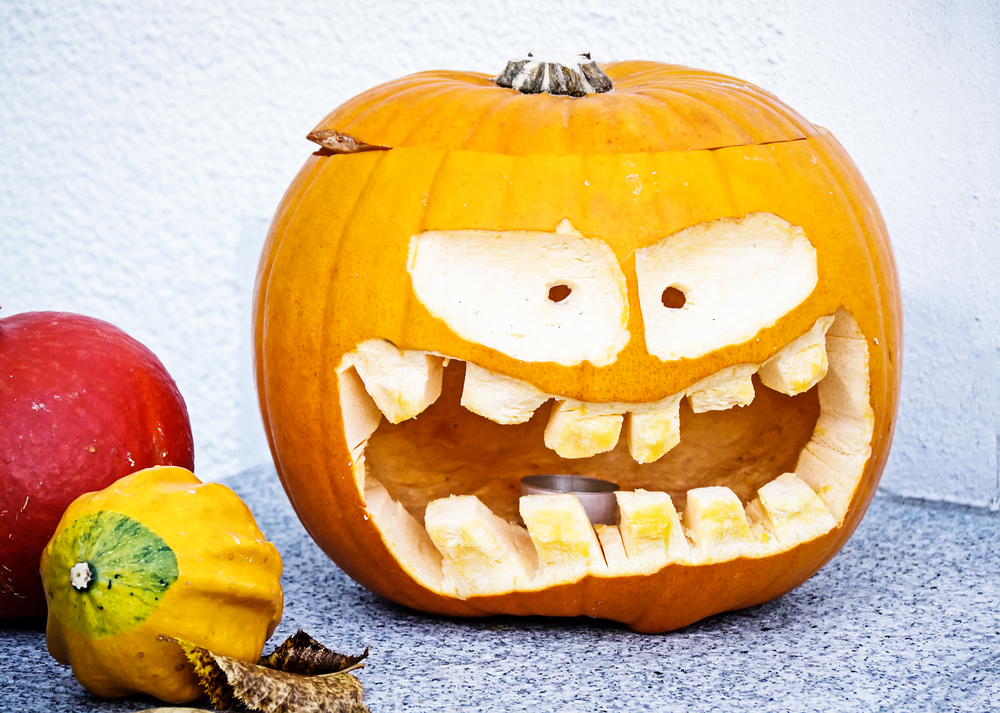 Avoid Dental Emergencies This Halloween with These 5 Tips