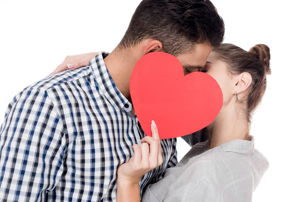 6 Dental Tips for a More Kissable Valentine's Day